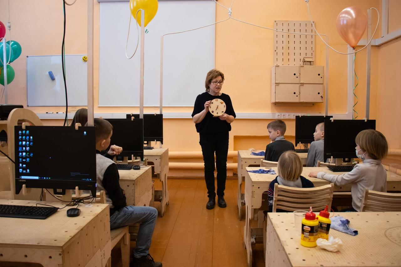 В Центре молодежного инновационного творчества «Технолаб Сосенский» еще до карантина по коронавирусу успели открыть научно-техническую лабораторию.