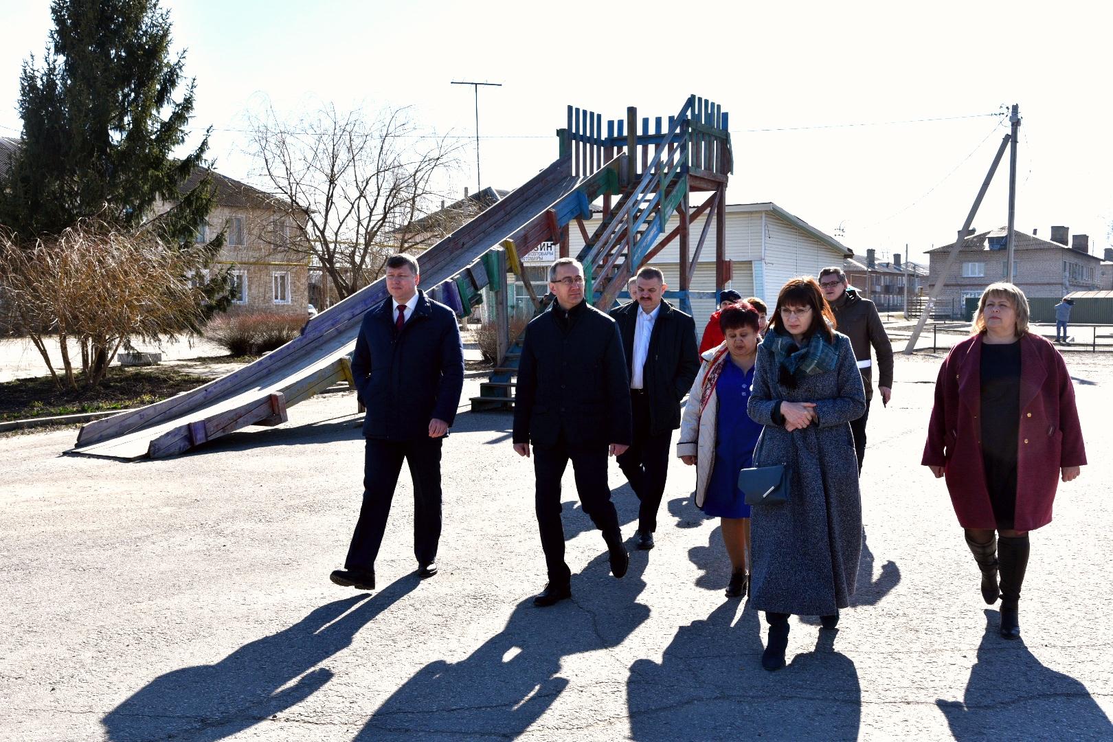 Владислав Шапша побывал с рабочей поездкой в  Козельском районе. Официальный релиз и фото