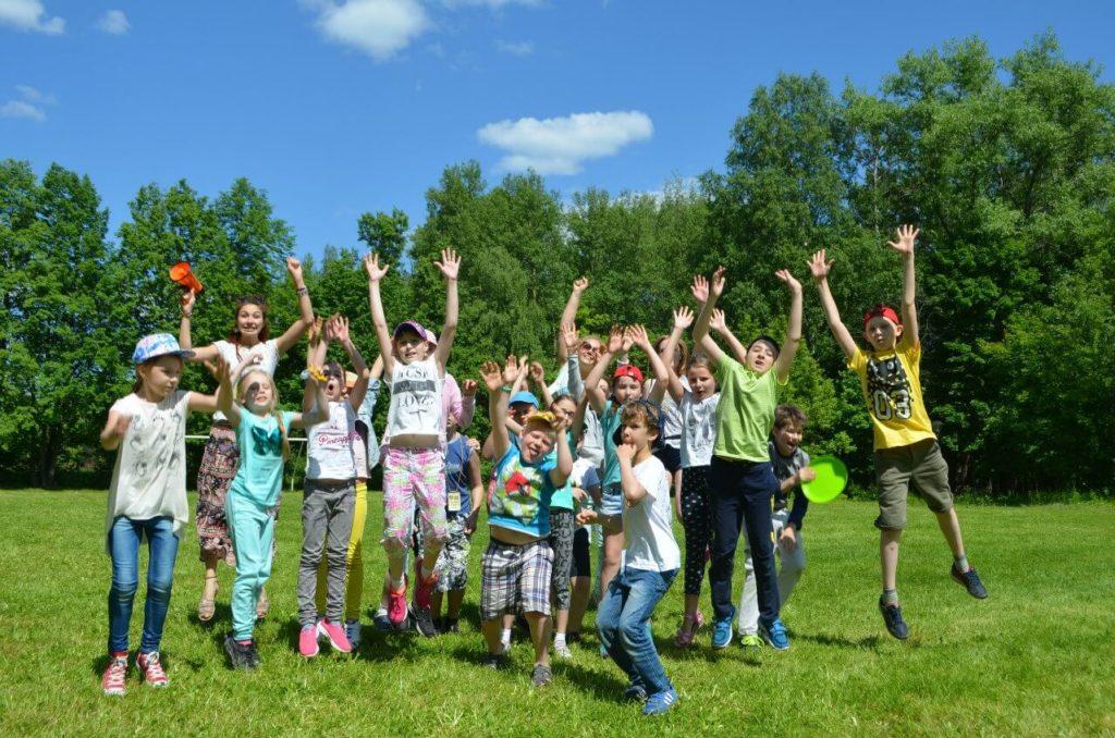 В Калужской области в 2020 году отдых в детских лагерях будет бесплатным