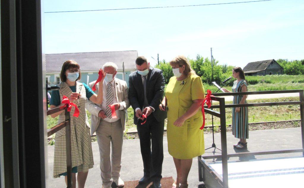 Новый ФАП в Волконском принял первых пациентов