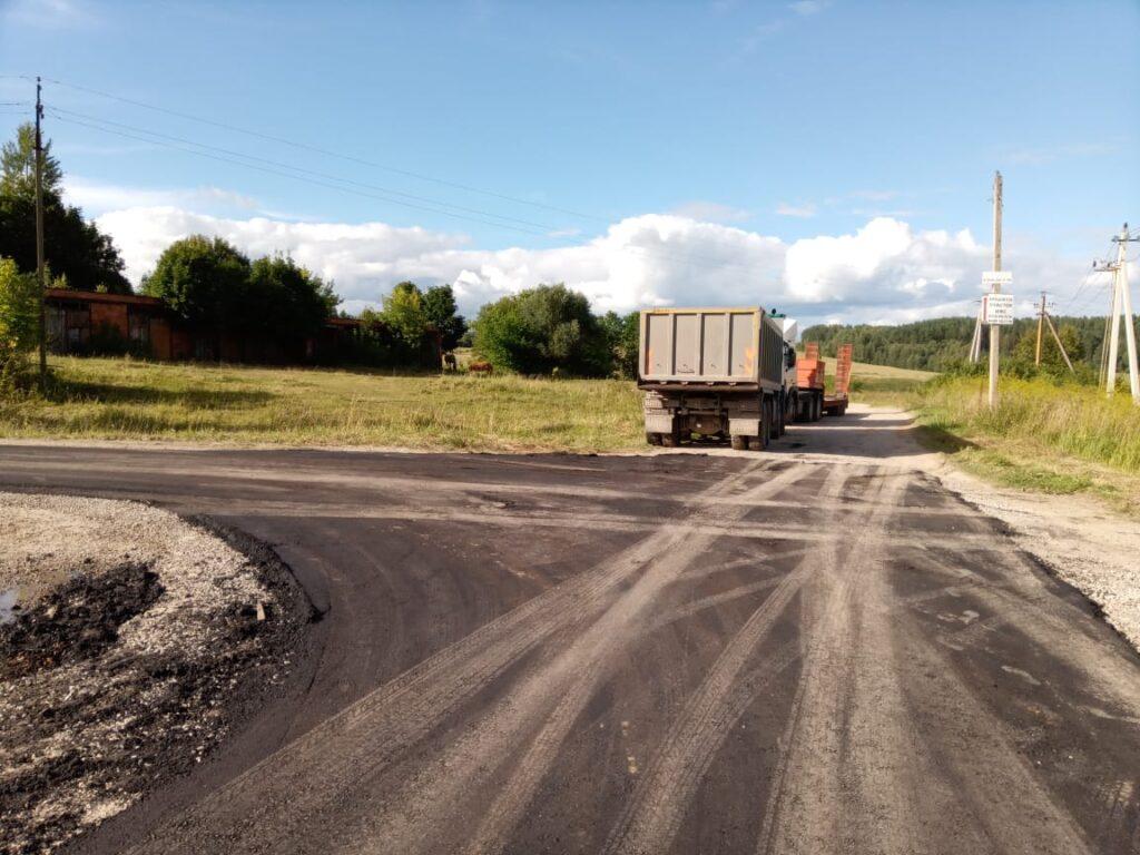 В селе Бурнашево отремонтировали дорожное покрытие