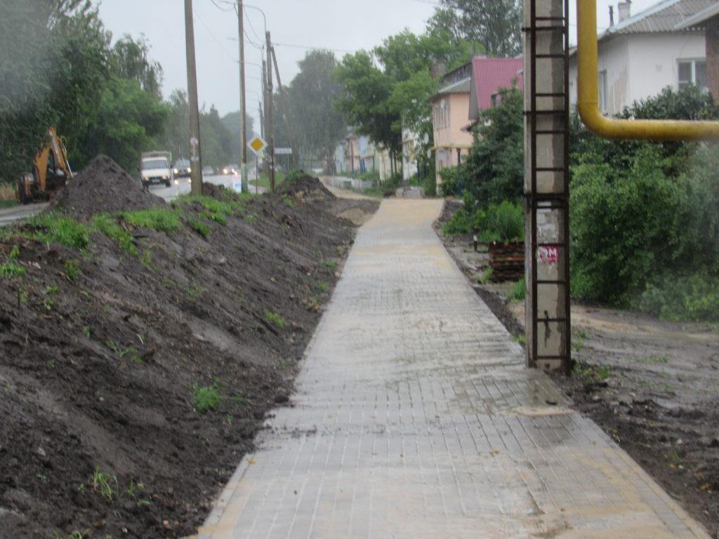 Подрядчику, который делает тротуар на Чкалова, будет предъявлена претензия