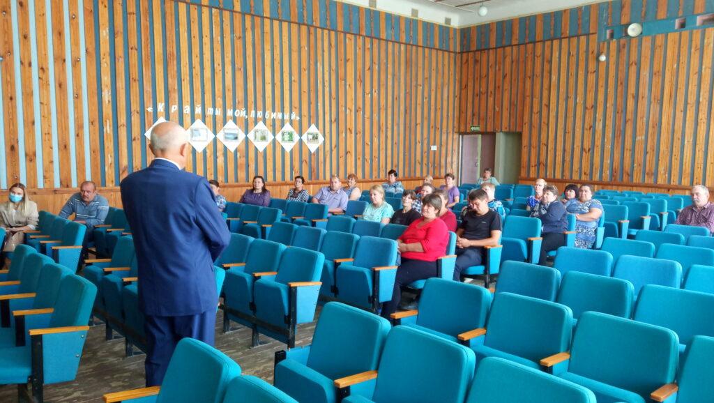 Депутаты отчитались перед жителями села Волконское