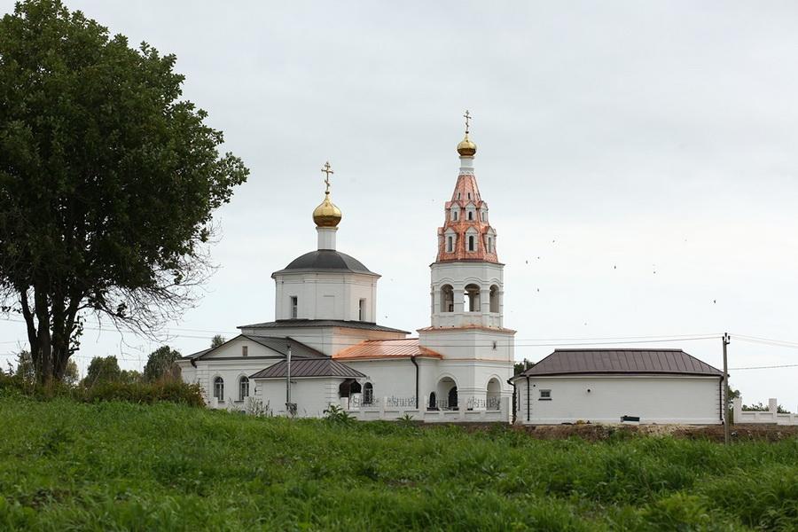 Храм в Губино