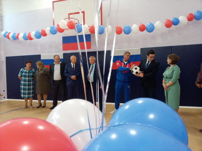 школа в Попелево