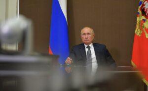 Путин: борьба с коронавирусом еще не окончена