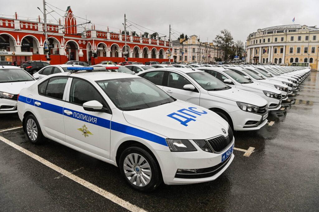 В автопарке УМВД области появились 60 новых автомобилей